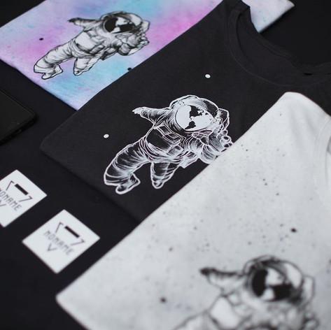 Asztronautás póló, totebag, pulcsi, egyedi, t-shirt, tee, astronaut, space