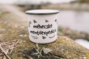 Save the bees mug