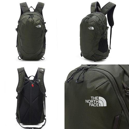 ●預訂貨品● The North Face Versatile Backpack