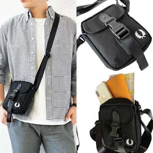 ●預訂貨品● 日版 Fred Perry Mini Shoulder Bag
