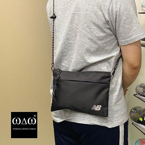 New Balance Ordinary Pocket Shoulder Bag - Black