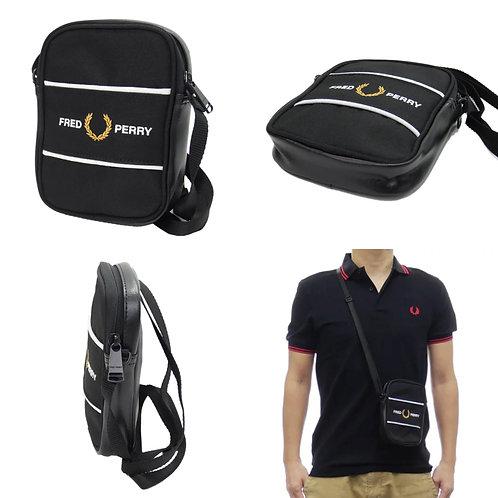 ●預訂貨品● 日版 Fred Perry Graphic Panel Small Shoulder Bag