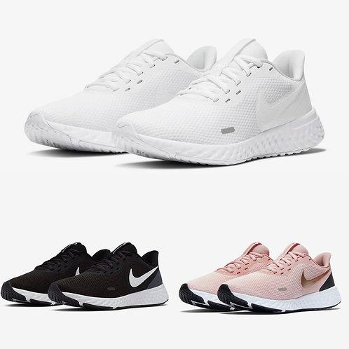 ●預訂貨品● Nike Women's Revolution 5