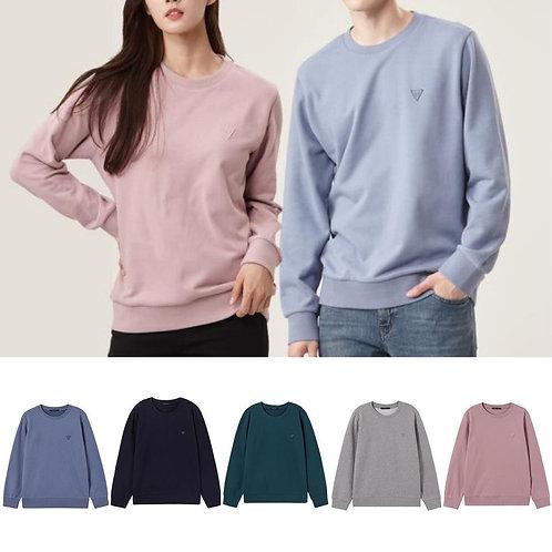 ●預訂貨品● Guess Small Logo Triangle Sweatshirt