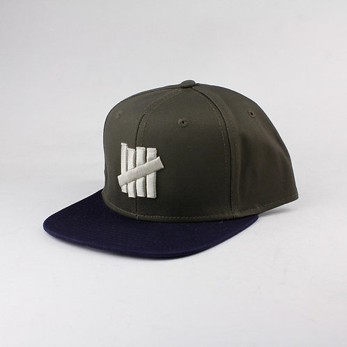Undefeated - 5 Strike Snapback Cap