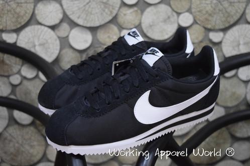 innovative design 79885 09beb Nike Cortez Nylon - Black White