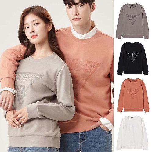●預訂貨品● Guess Triangular Logo Sweatshirt