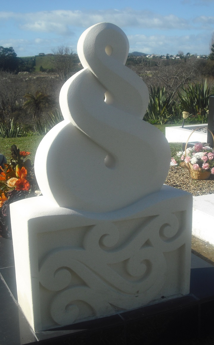 Aunty Kahi's Memorial (Headstone)