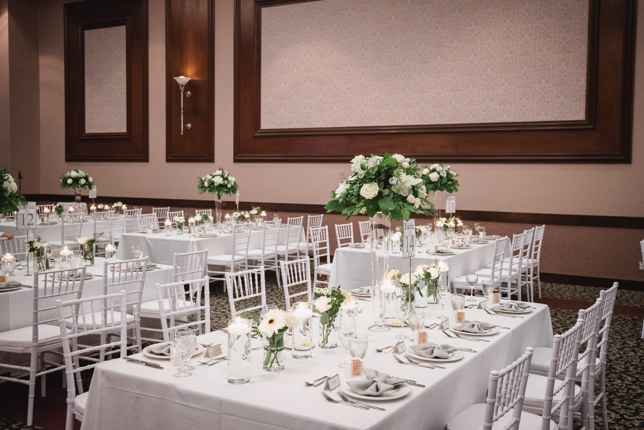 White Chiavari Chair Rental Vancouver Executive Plaza Inn Coquitlam