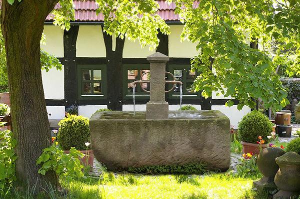 Patiobrunnen H31.jpg