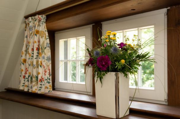 Ferienhaus-Waldhaus-Ankum-Deko-Blumen
