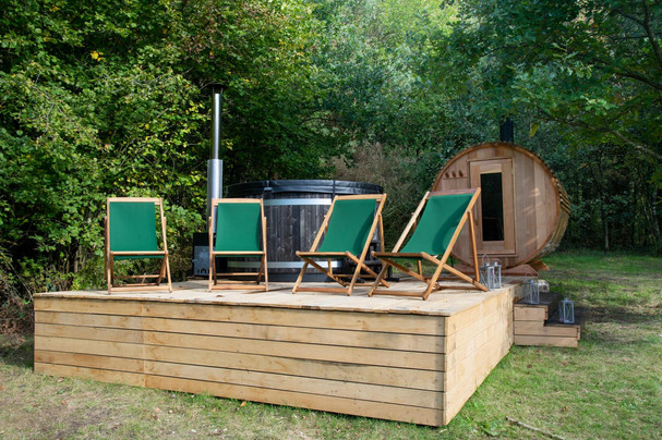 Ferienhaus-Waldhaus-Ankum-Garten-Sauna