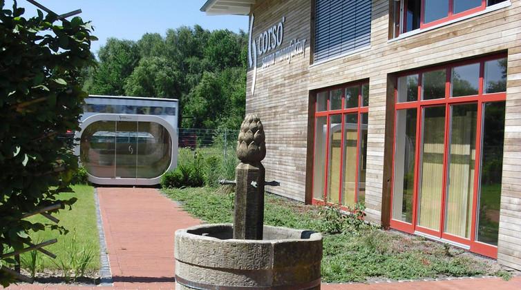 Ausstellung historischer Sandsteinbrunnen