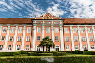 Schloss logo.jpg
