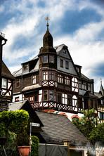 Haus in  Braunfels logo.jpg