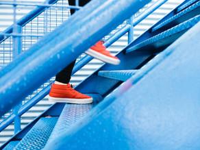 身体の動かし方の基礎③「ステップアップ」について
