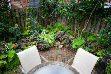 Courtyards & Patios 11
