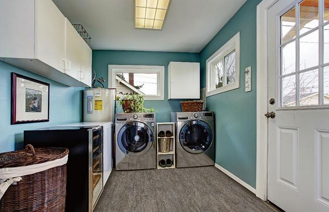 SturdyStep Laundry Scene-Lexbridge.png