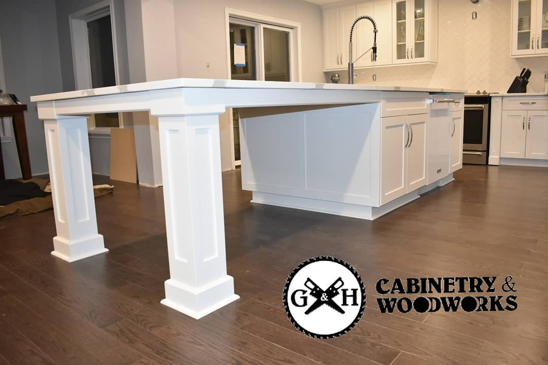 Georgetown white kitchen island