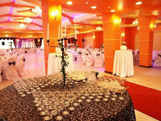 masa intrare sala de nunta