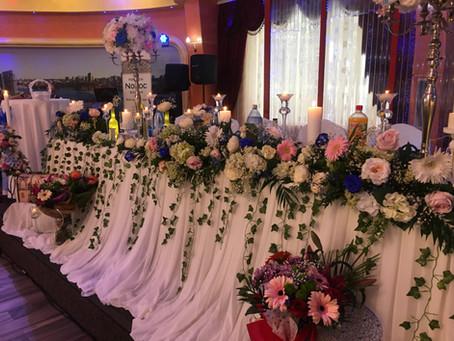 Cum ati decora prezidiul nuntii voastre?