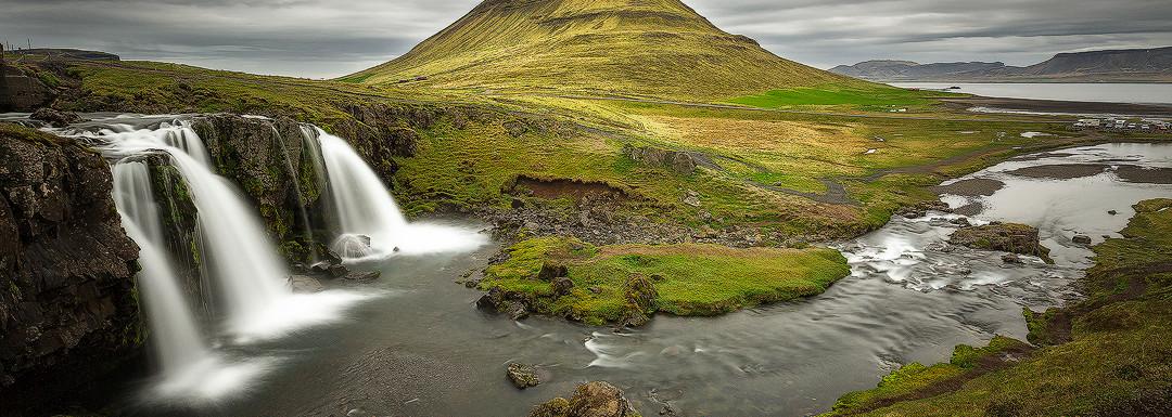 Vivid Kirkjufellsfoss