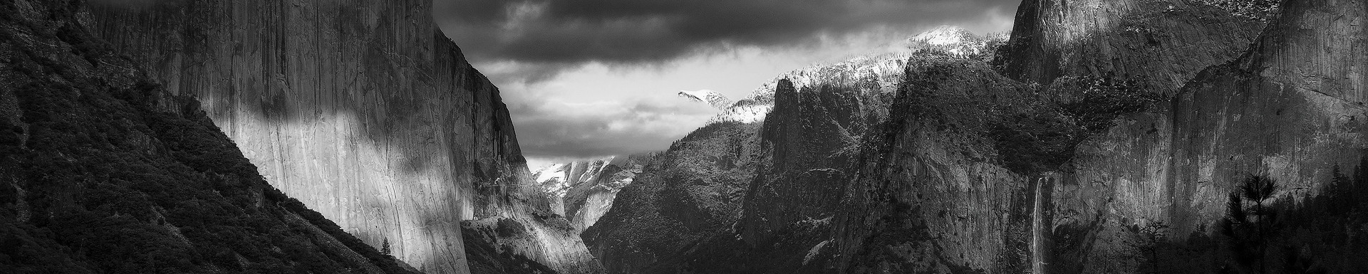 Shadows of Yosemite (black and white)