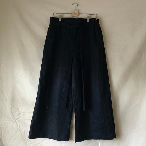Tie Trousers : Black Linen