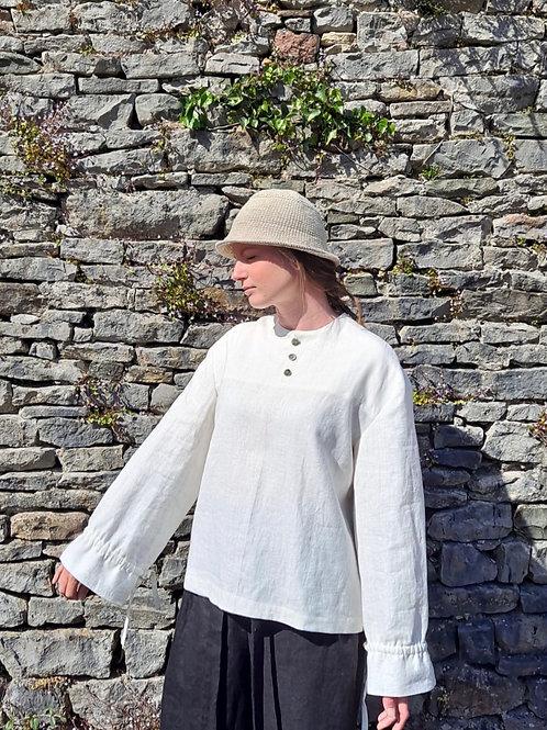 Gather Sleeve Top : White Linen