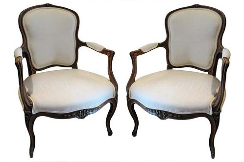 PAIR OF WALNUT 19TH CENTURY FRENCH LOUIS XV FAUTEUIL CHAIRS