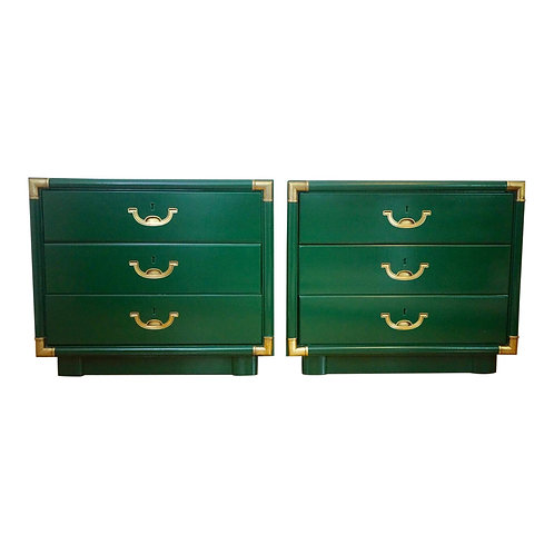 PAIR GREEN LACQUERED NIGHTSTANDS BY DREXEL