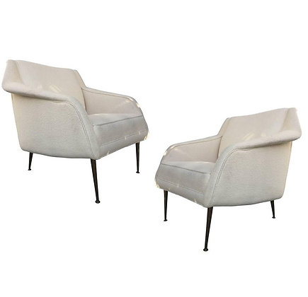Pair of Sculptural Carlo de Carli Club Chairs in White for Singer & Sons
