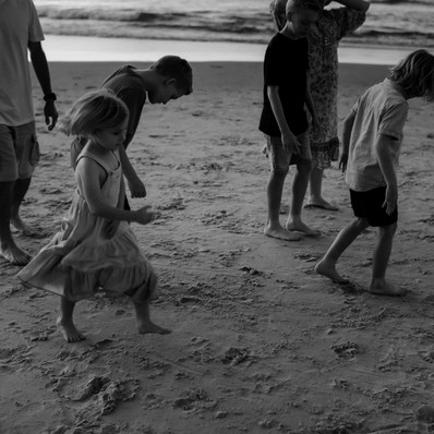 Family of Six: An Afternoon Beach Session