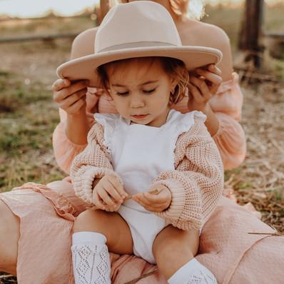 Mount Cotton Motherhood Photography Session