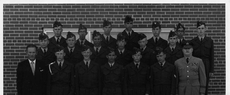 22. 746 Sqn 1965 Summer Camp Photo.jpg