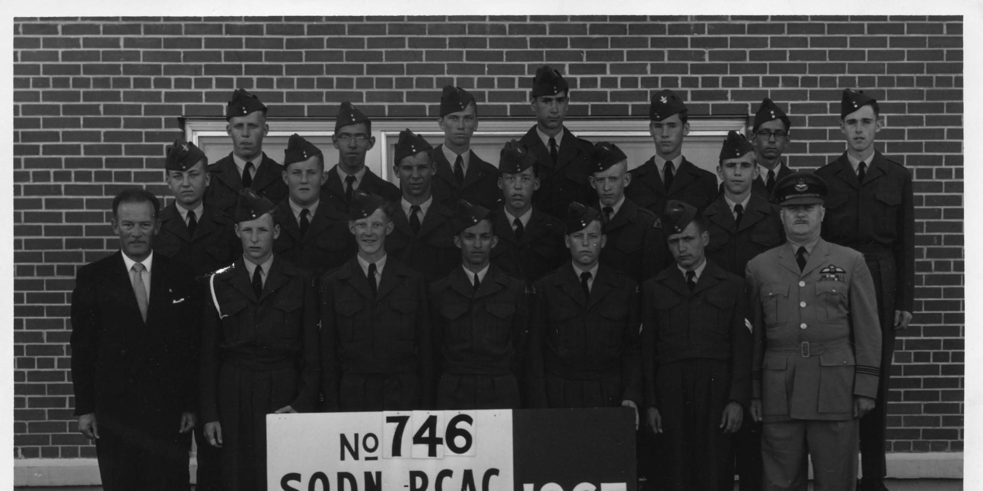 746 Sqn 1965 Summer Camp Photo Small 1.j