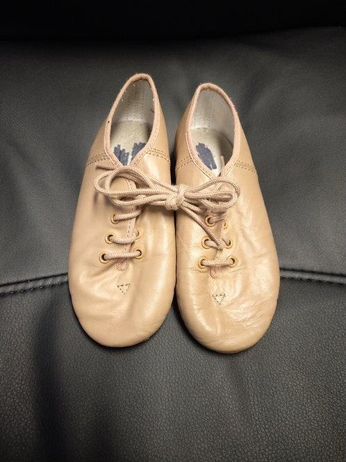 2nd hand Tan Jazz shoe