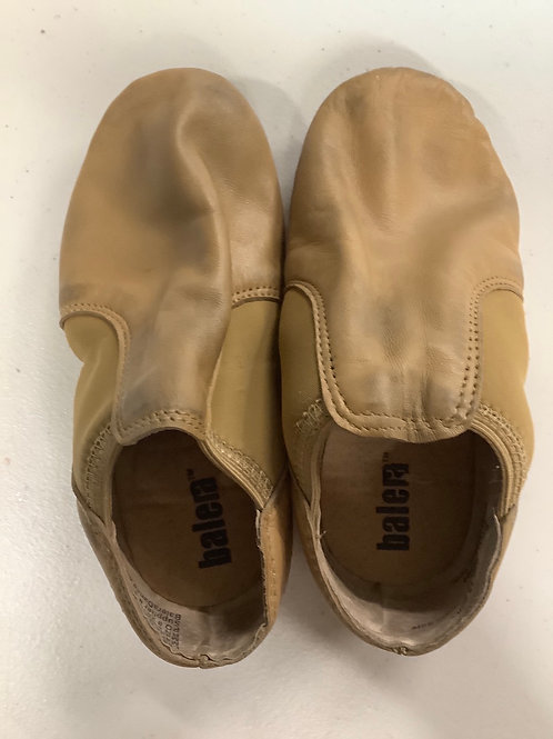 2nd Hand Jazz Shoes (slip on) - Sole of shoe measures 15.5cm