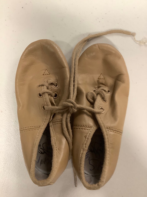 2nd hand jazz shoes (lace up) - Sole of shoe measures 15cm