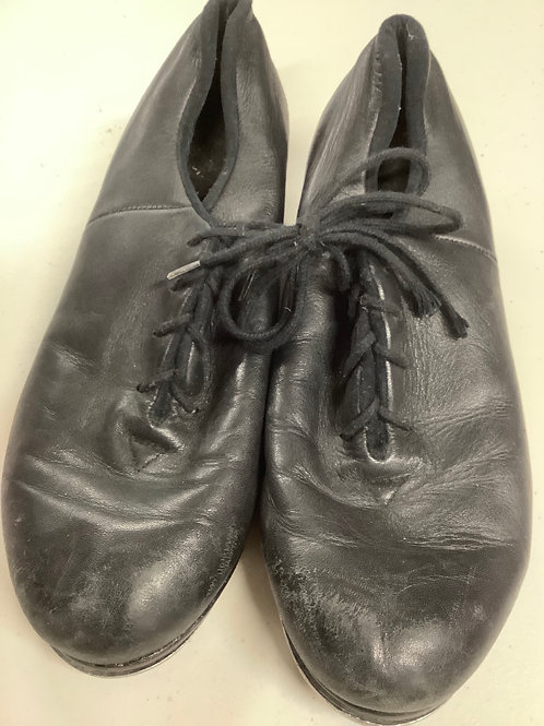 2nd hand Tap Shoes - Sole of shoe measures 23cm