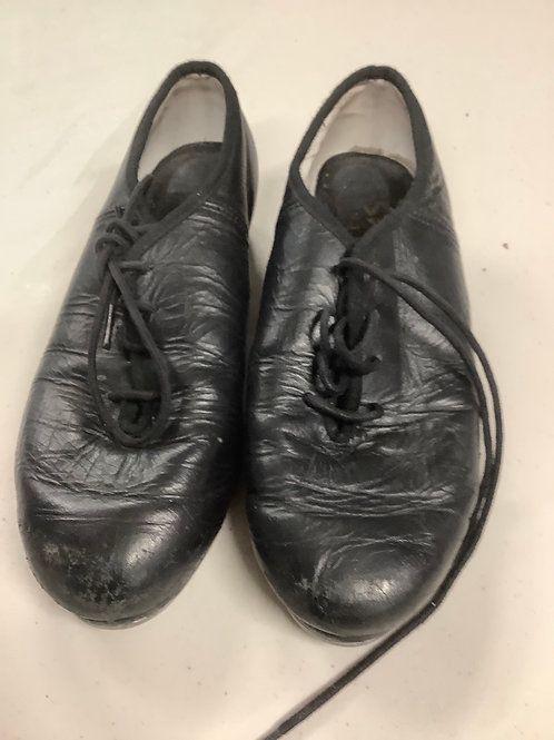 2nd hand Tap Shoes - Sole of shoe measures 21cm