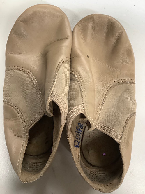 2nd Hand Jazz Shoes (slip on) - Sole of shoe measures 16cm