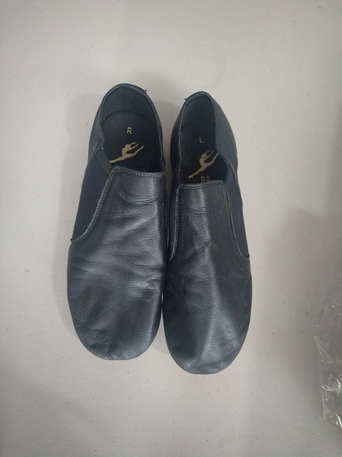 2nd hand slip on Jazz shoes