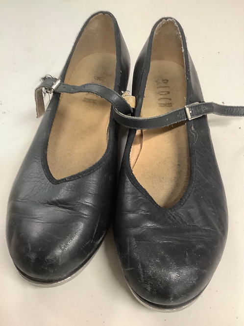 2nd hand Tap Shoes - Sole of shoe measures 23.5cm