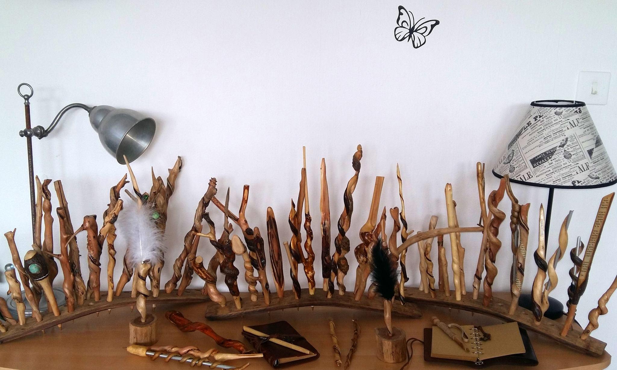 Créations en bois, cuir & tissus