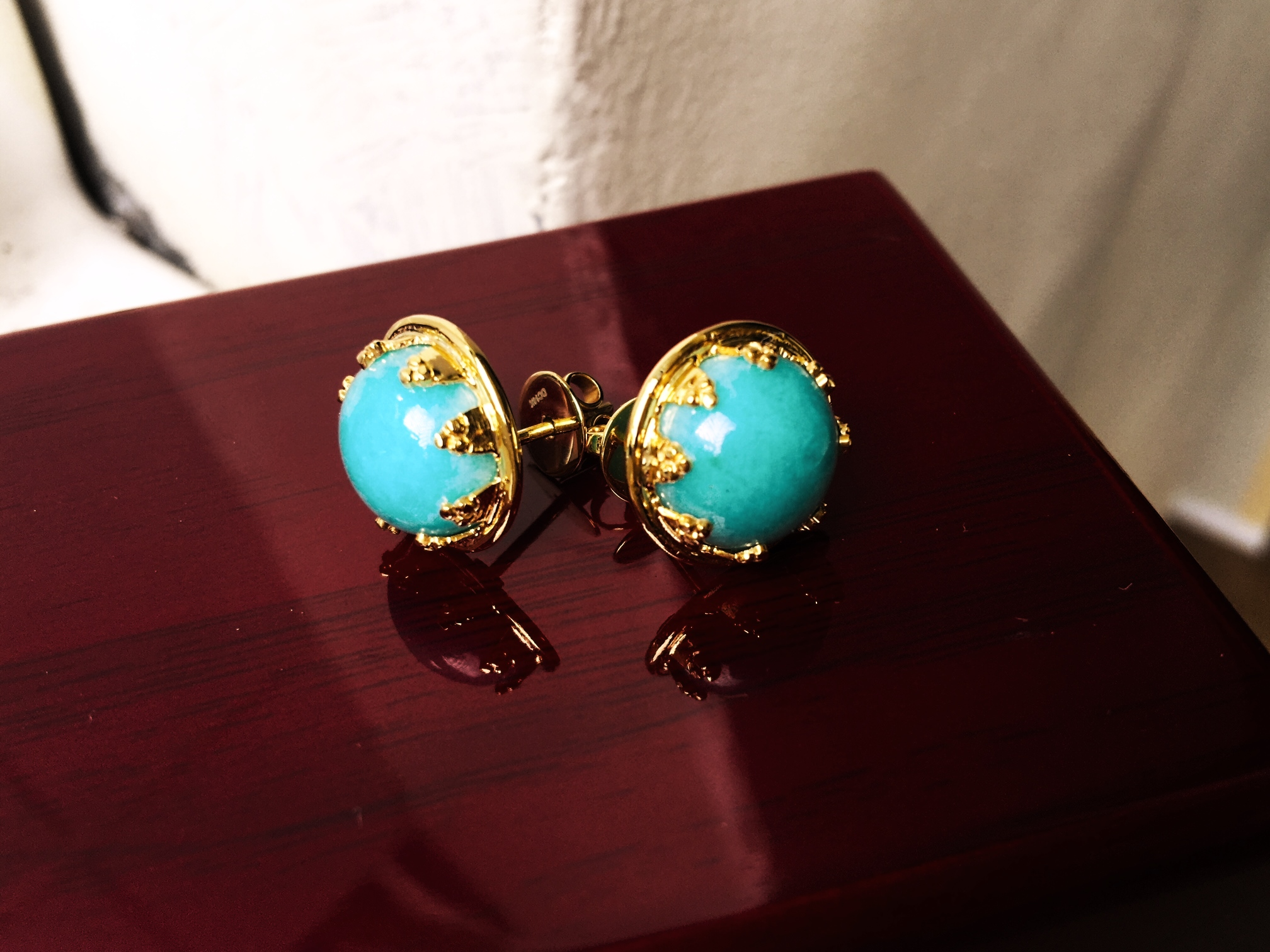 Yellowgold Torquise Stud Earrings