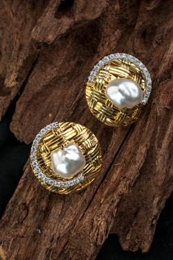 Keishi Weave Earrings