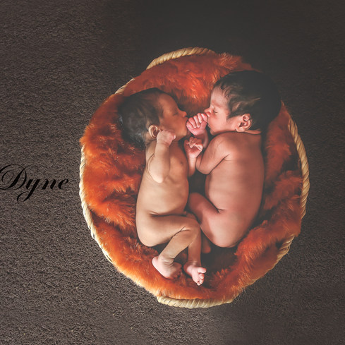 Newborn photography in Kochi, Kerala and Dubai | D3scochin 9048400057