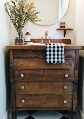 Golden Gaze B&B bathroom inspiration photo