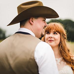 Bassmead Manor Barns Wedding Photographer | Shona & Daniel
